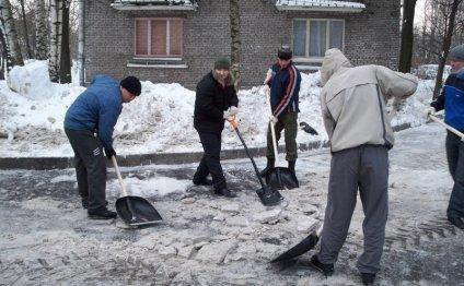 Уборка льда и снега на частной